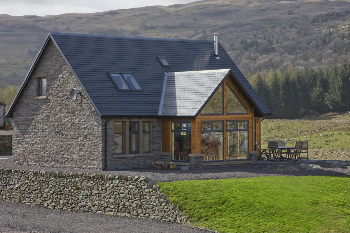 Collaig Byre: Scottish Byre converted into self catering holiday cottage with views of Ben Cruachan